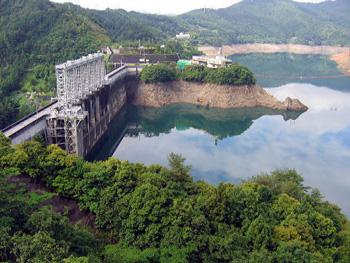 渇水のとき、ダムは?~平成17年...